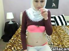 Cute Arabian babe teases with her tits and butt webcam