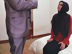 Arab Ex Girlfriend Ramming Big Dong In Missionary